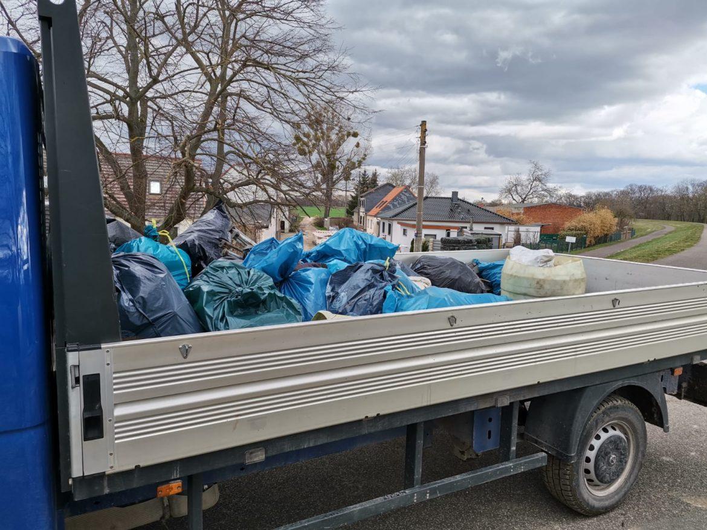 [NEWS] Müllsammelaktion an der Elbe war ein Erfolg